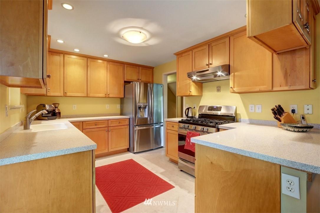 Sold Property   6826 43rd Avenue NE Seattle, WA 98115 6