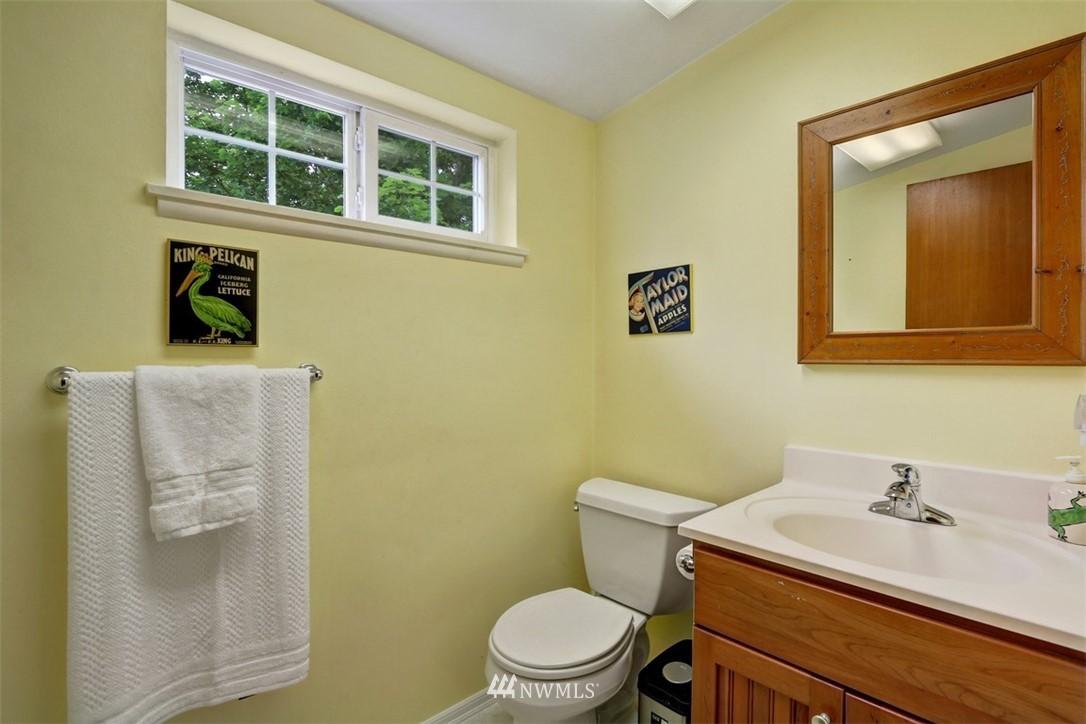 Sold Property   6826 43rd Avenue NE Seattle, WA 98115 13