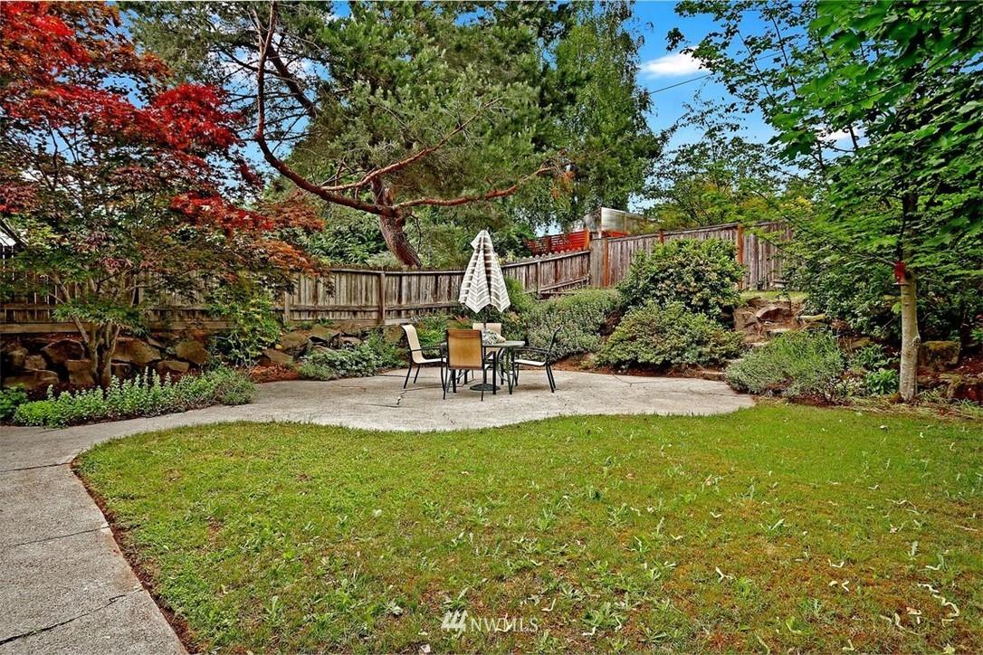 Sold Property   6826 43rd Avenue NE Seattle, WA 98115 17