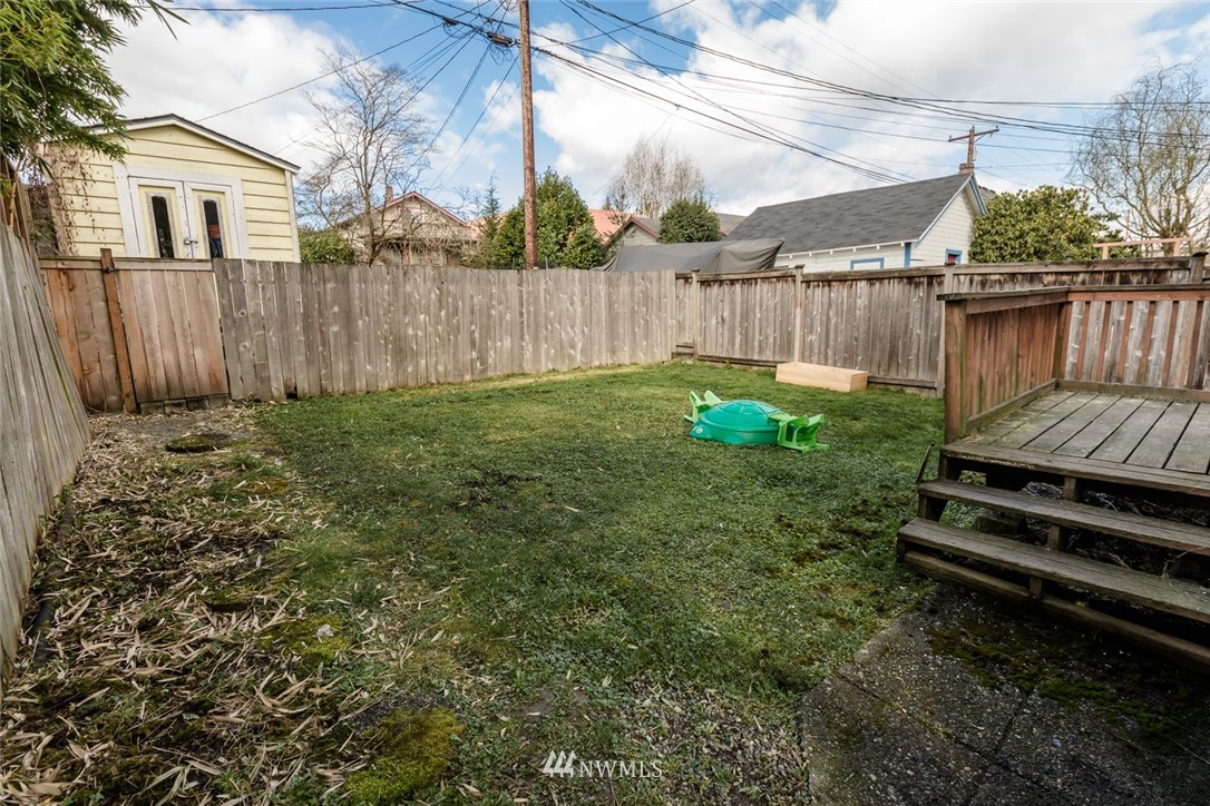 Sold Property | 2210 Rockefeller Avenue Everett, WA 98201 16