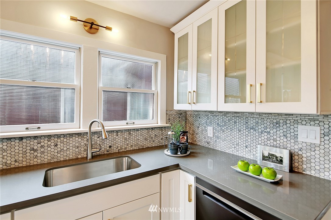 Sold Property | 345 NW 75th Street Seattle, WA 98117 8