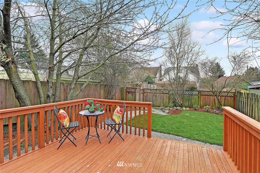 Sold Property | 345 NW 75th Street Seattle, WA 98117 18