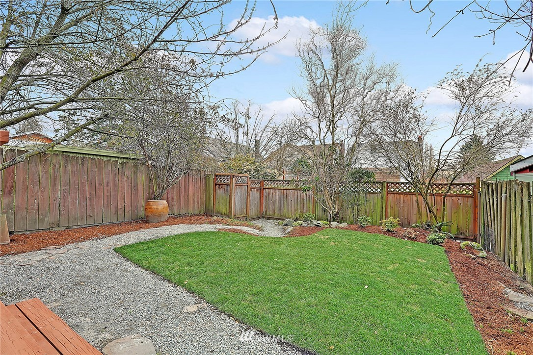 Sold Property | 345 NW 75th Street Seattle, WA 98117 20