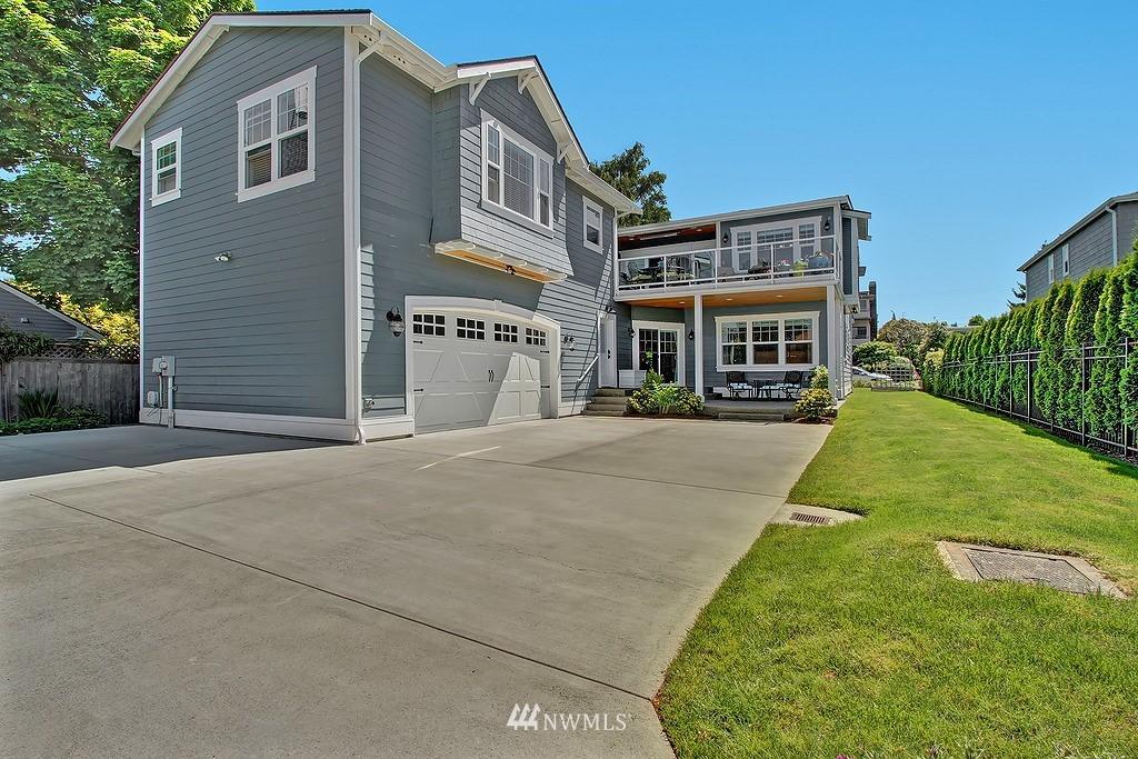Sold Property | 227 2nd Avenue N Edmonds, WA 98020 2