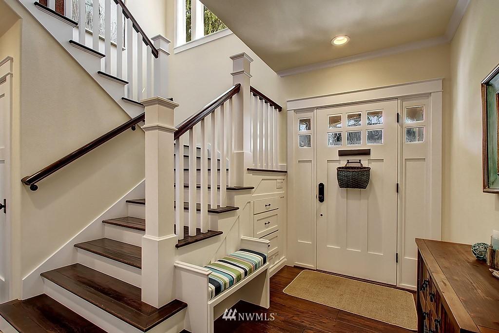 Sold Property | 227 2nd Avenue N Edmonds, WA 98020 3