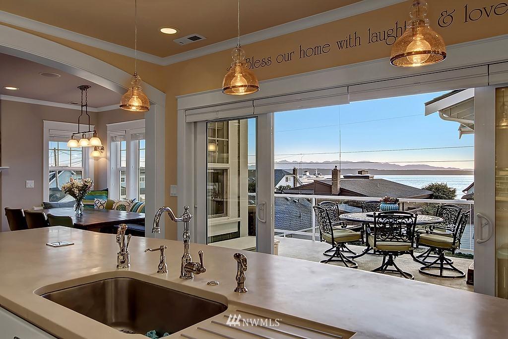 Sold Property | 227 2nd Avenue N Edmonds, WA 98020 4