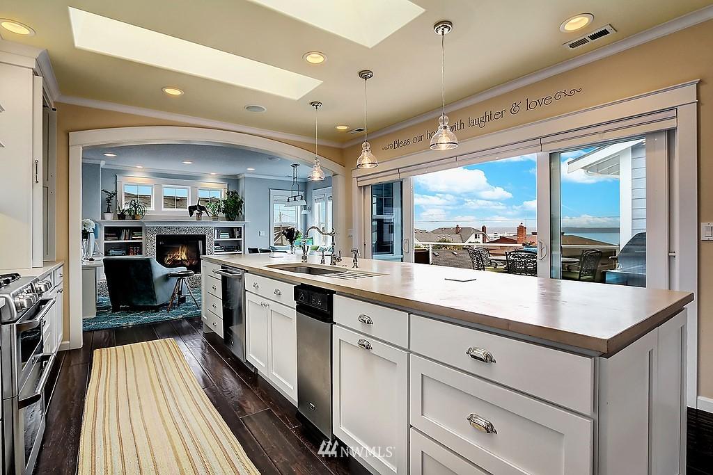 Sold Property | 227 2nd Avenue N Edmonds, WA 98020 6