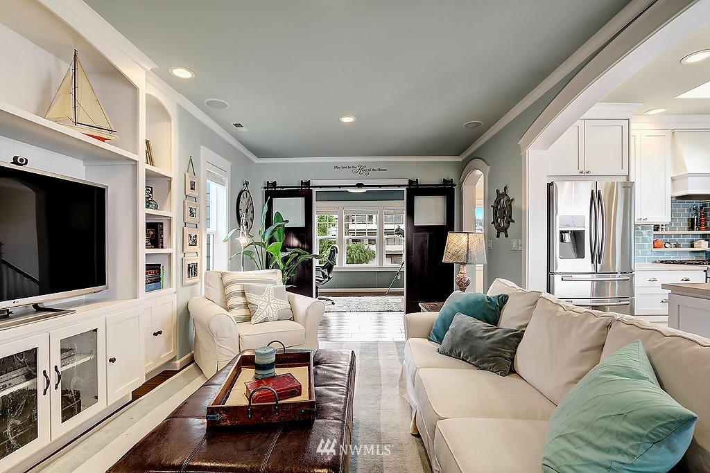 Sold Property | 227 2nd Avenue N Edmonds, WA 98020 13