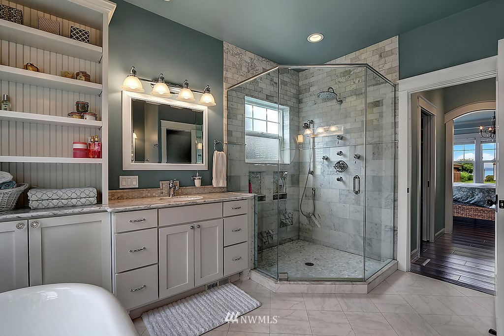 Sold Property | 227 2nd Avenue N Edmonds, WA 98020 17