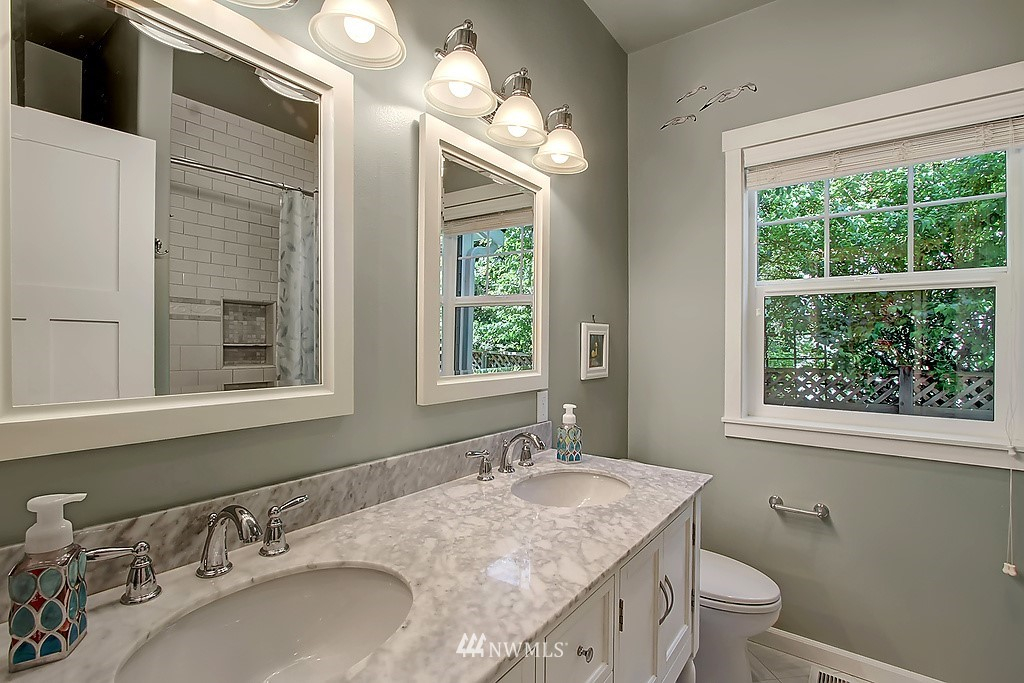 Sold Property | 227 2nd Avenue N Edmonds, WA 98020 22