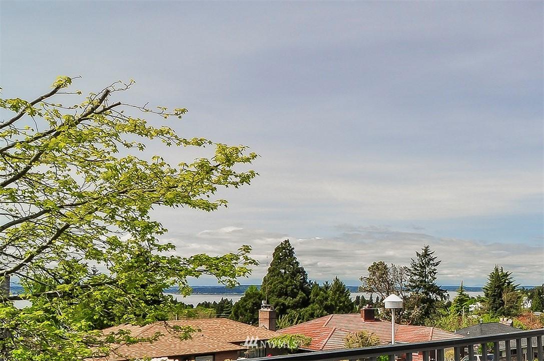 Sold Property | 6618 39th Avenue SW Seattle, WA 98136 5