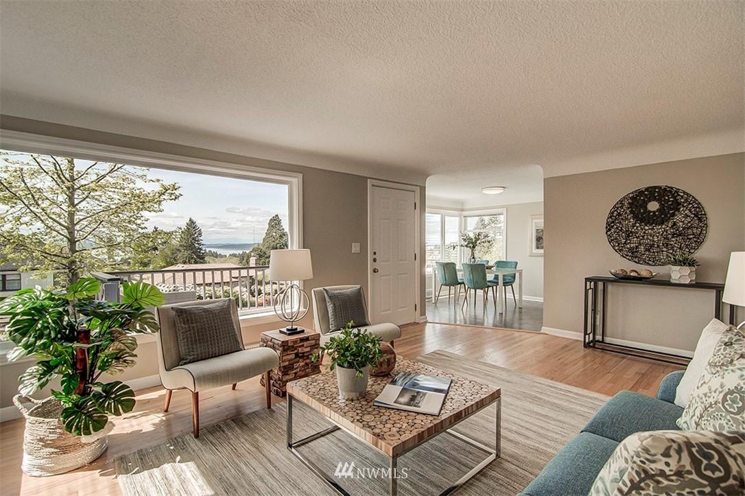 Sold Property | 6618 39th Avenue SW Seattle, WA 98136 7