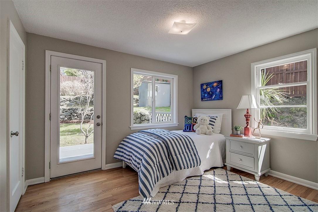 Sold Property | 6618 39th Avenue SW Seattle, WA 98136 14