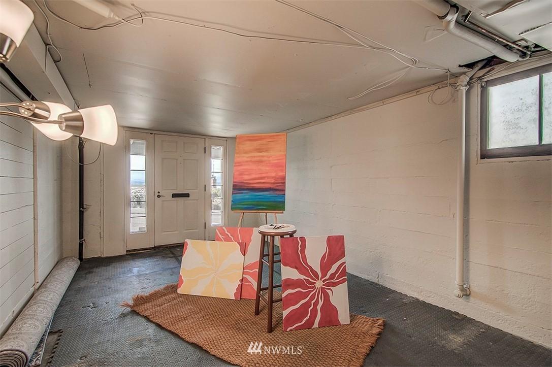 Sold Property | 6618 39th Avenue SW Seattle, WA 98136 21