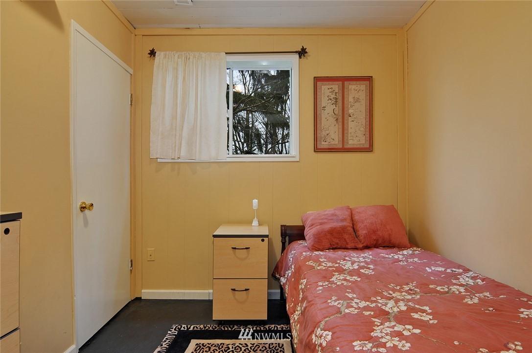 Sold Property   23206 47th Avenue W Mountlake Terrace, WA 98043 16