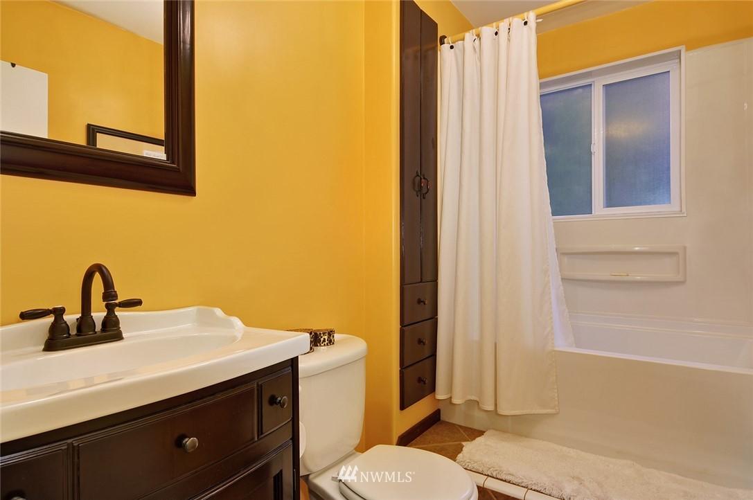 Sold Property   23206 47th Avenue W Mountlake Terrace, WA 98043 17