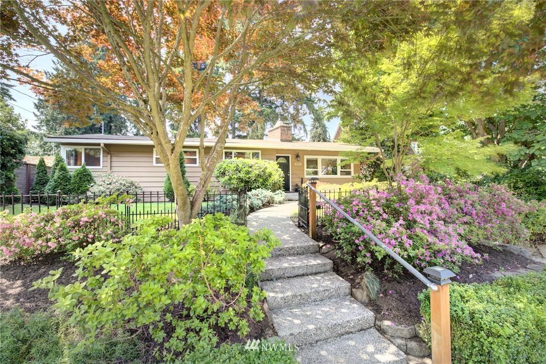 Sold Property | 10015 48th Avenue NE Seattle, WA 98125 0