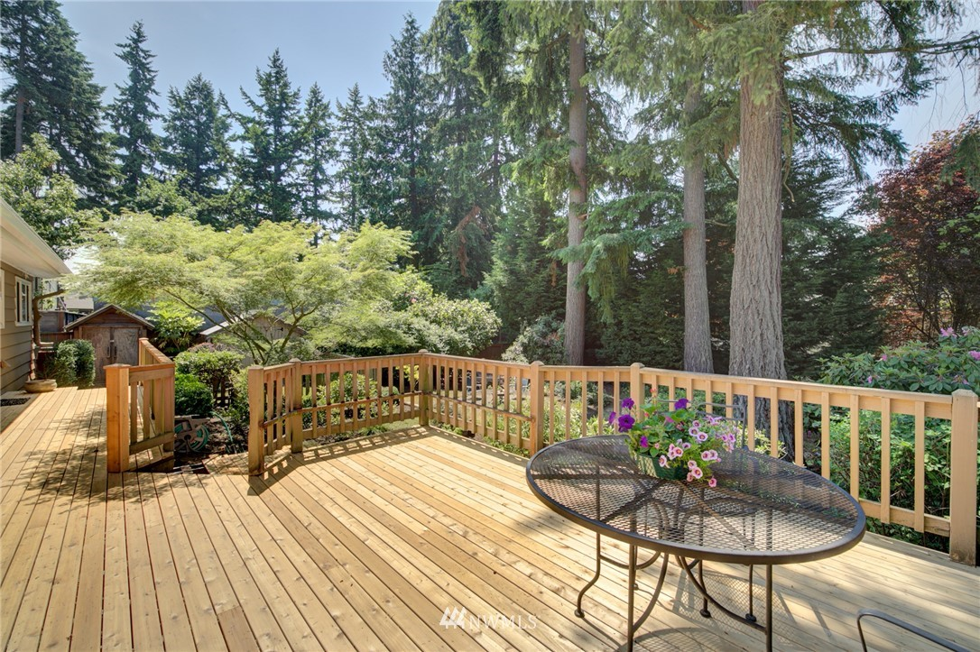 Sold Property | 10015 48th Avenue NE Seattle, WA 98125 10