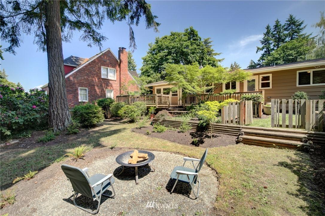 Sold Property | 10015 48th Avenue NE Seattle, WA 98125 11