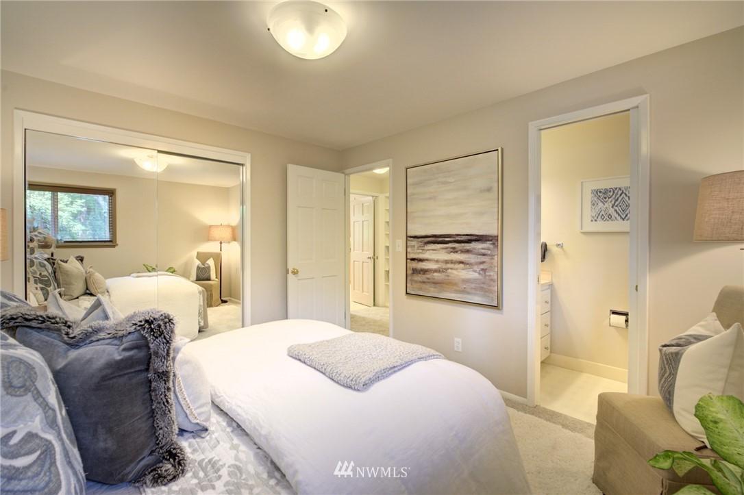 Sold Property | 10015 48th Avenue NE Seattle, WA 98125 13