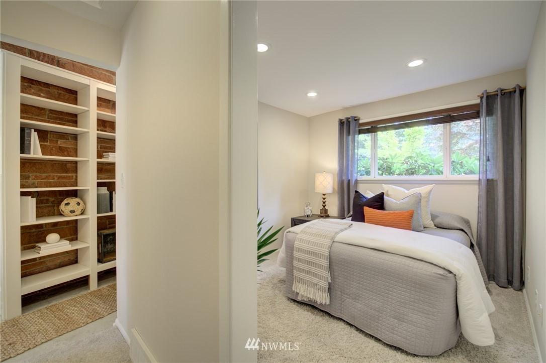Sold Property | 10015 48th Avenue NE Seattle, WA 98125 18