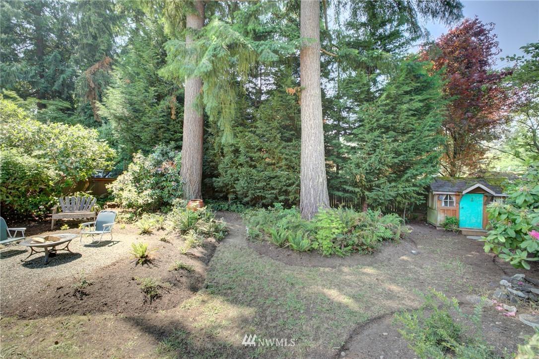 Sold Property | 10015 48th Avenue NE Seattle, WA 98125 21