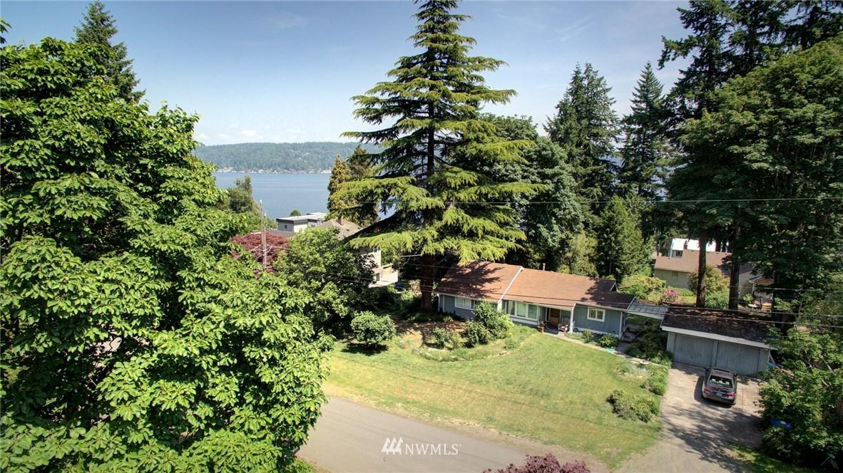 Sold Property | 10015 48th Avenue NE Seattle, WA 98125 22