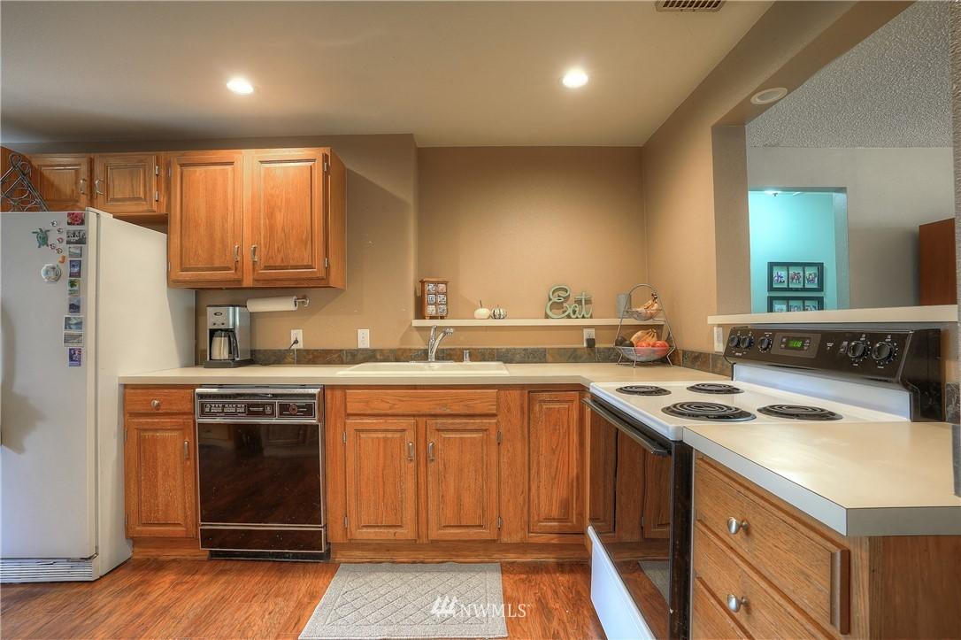 Sold Property | 3744 N Villard Street Tacoma, WA 98407 7