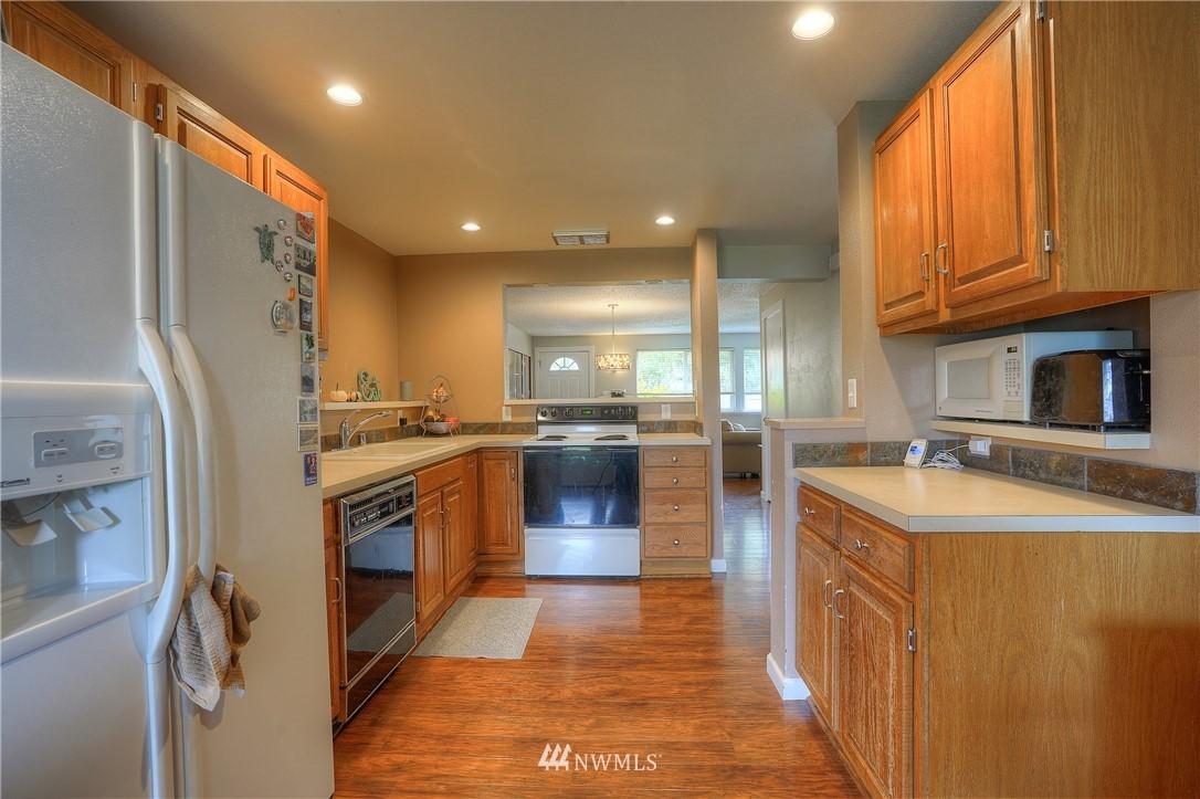 Sold Property | 3744 N Villard Street Tacoma, WA 98407 9