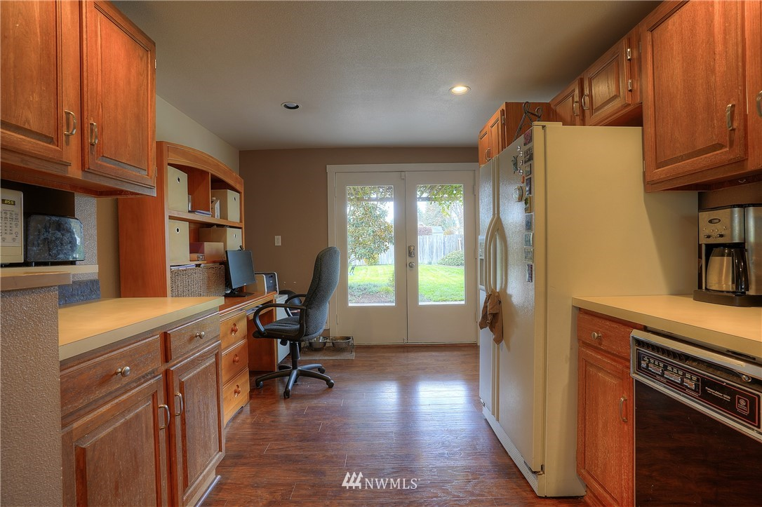 Sold Property | 3744 N Villard Street Tacoma, WA 98407 10