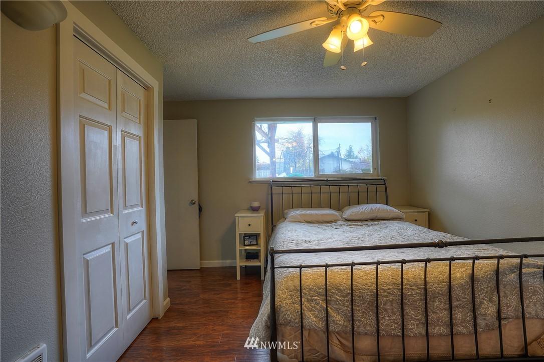 Sold Property | 3744 N Villard Street Tacoma, WA 98407 12
