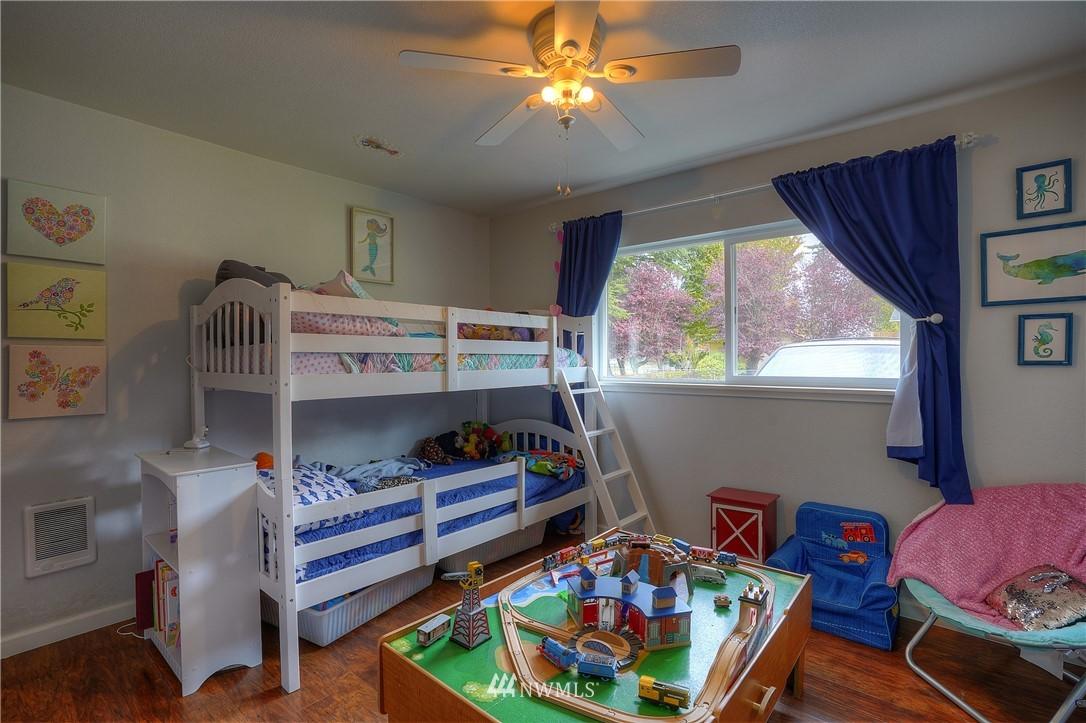 Sold Property | 3744 N Villard Street Tacoma, WA 98407 16