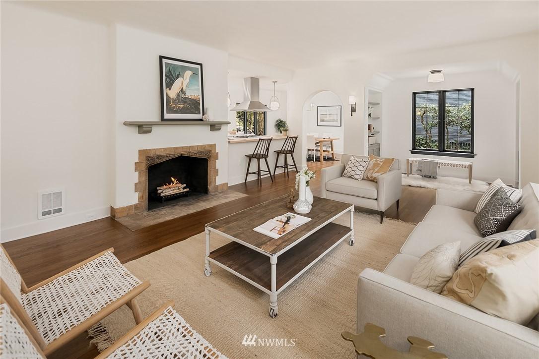 Sold Property   2500 Lake Park Drive S Seattle, WA 98144 6