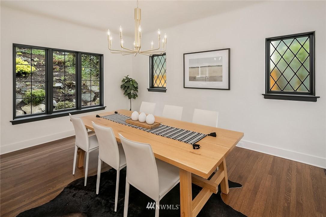 Sold Property   2500 Lake Park Drive S Seattle, WA 98144 12
