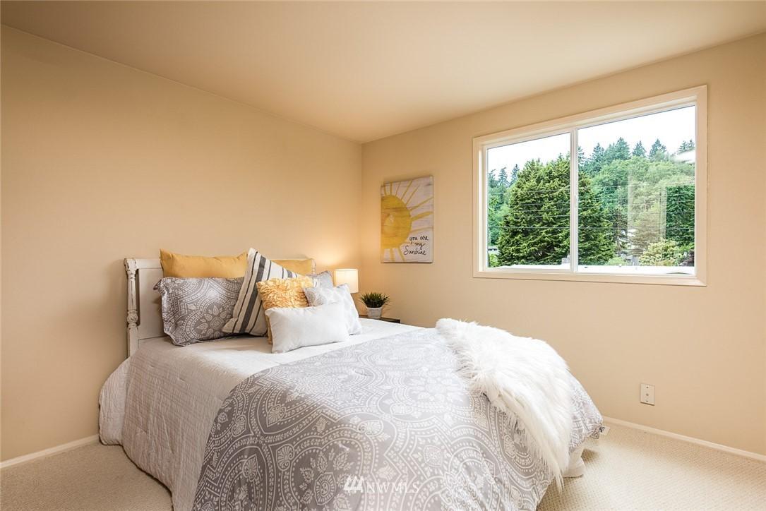 Sold Property | 3446 77th Place SE Mercer Island, WA 98040 8
