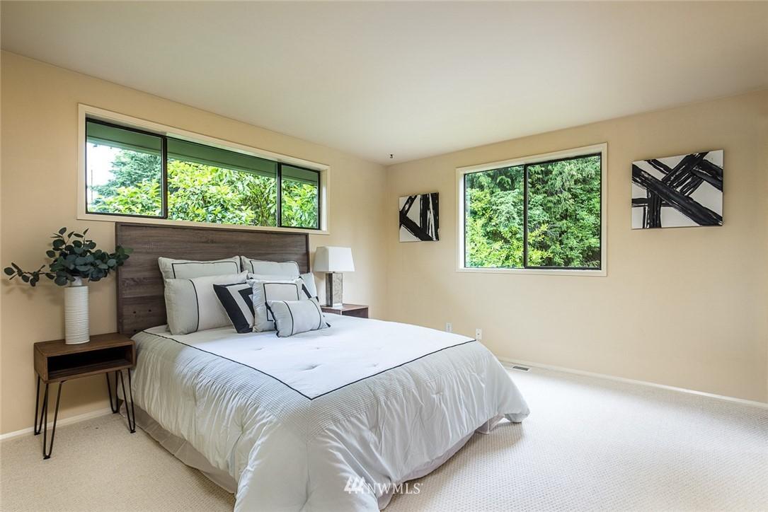 Sold Property | 3446 77th Place SE Mercer Island, WA 98040 10