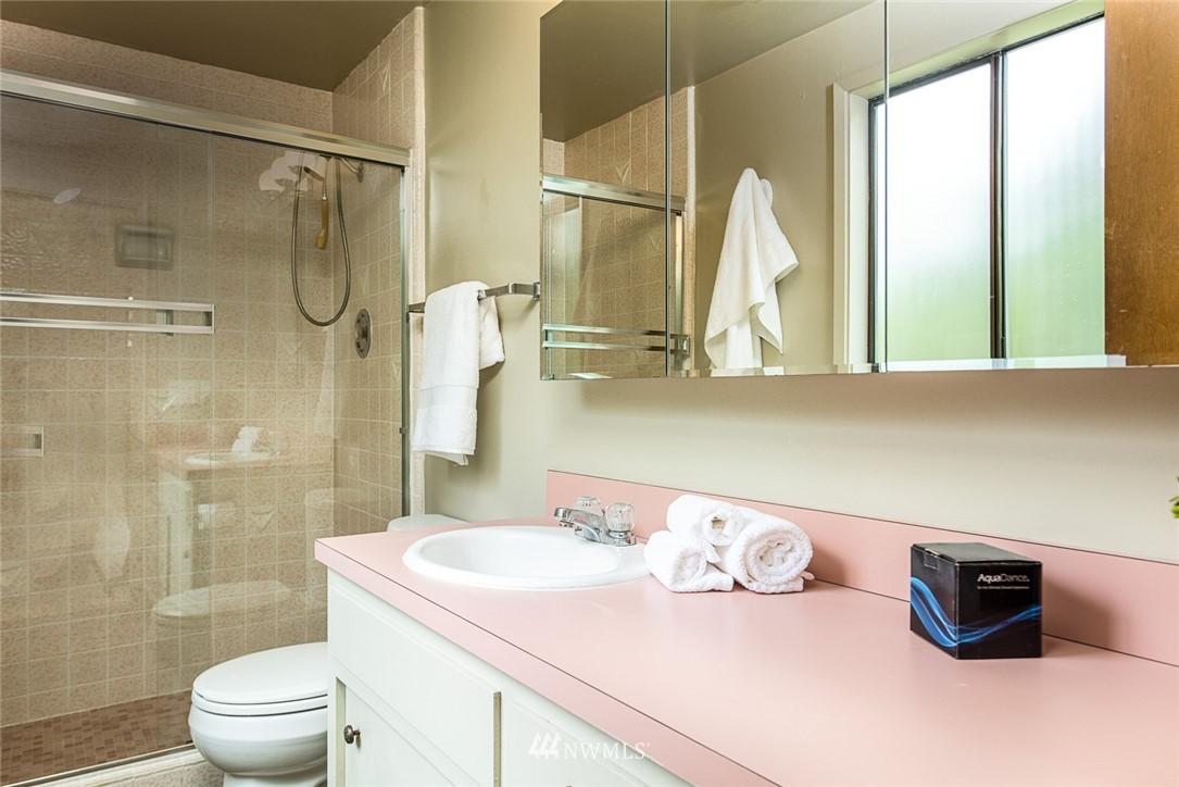 Sold Property | 3446 77th Place SE Mercer Island, WA 98040 11