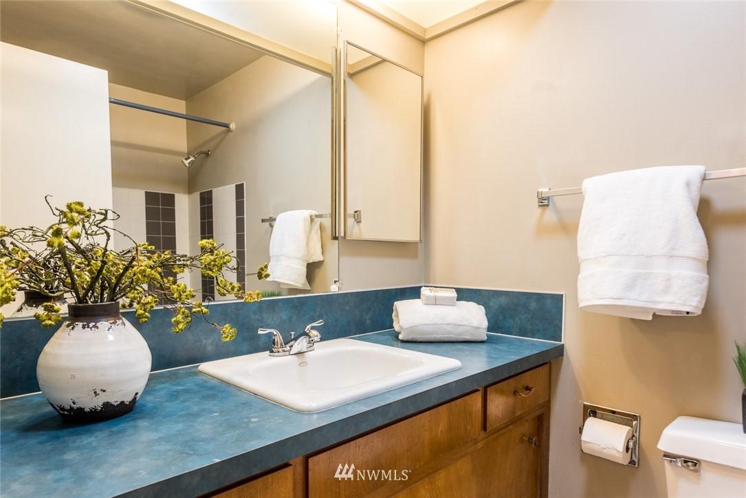 Sold Property | 3446 77th Place SE Mercer Island, WA 98040 12
