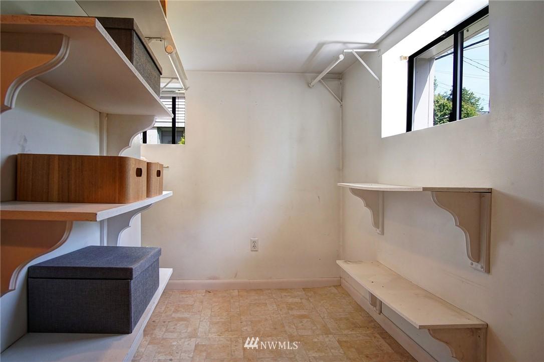 Sold Property | 4017 Midvale Avenue N Seattle, WA 98103 15