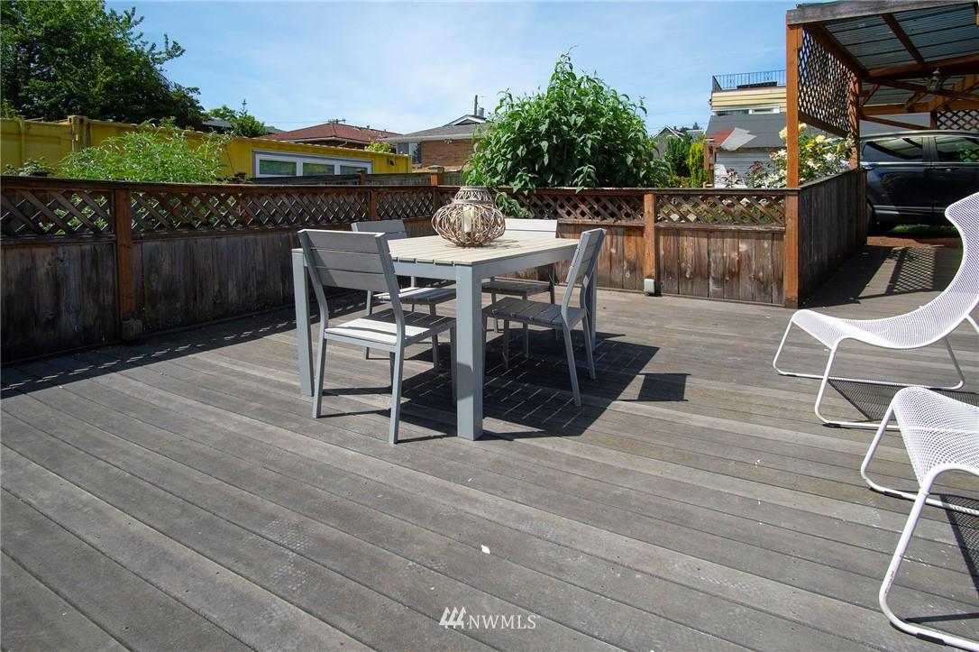 Sold Property | 4017 Midvale Avenue N Seattle, WA 98103 16