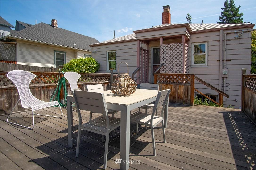 Sold Property | 4017 Midvale Avenue N Seattle, WA 98103 17