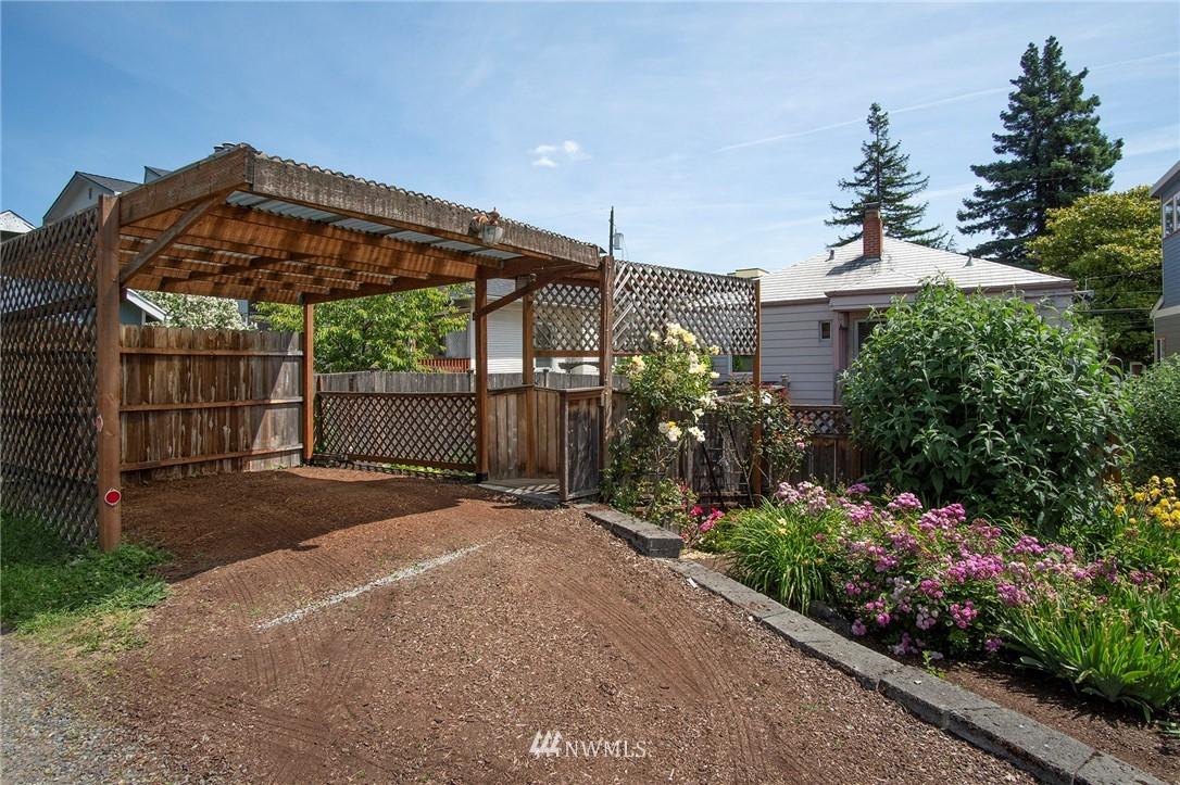 Sold Property | 4017 Midvale Avenue N Seattle, WA 98103 19
