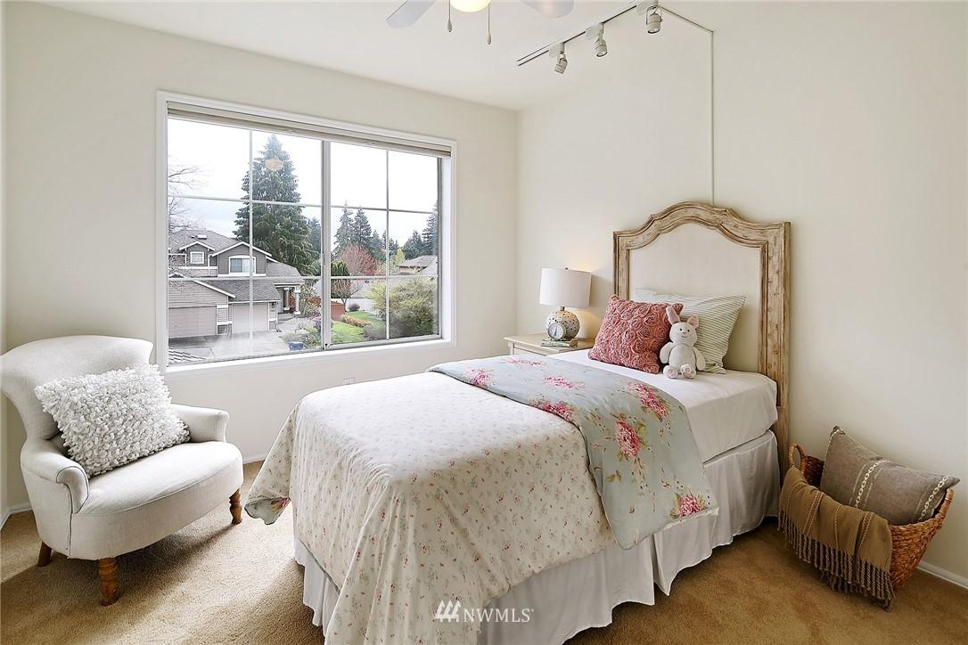 Sold Property | 17814 39th Avenue W Lynnwood, WA 98037 16