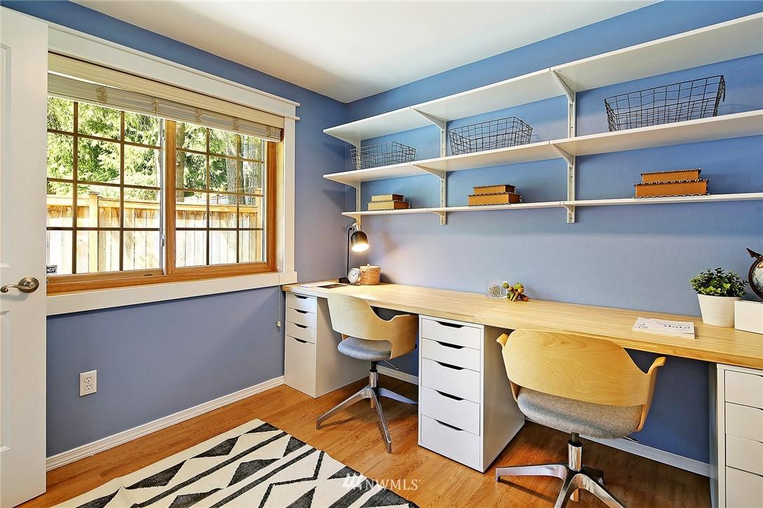 Sold Property | 19505 32nd Avenue NE Lake Forest Park, WA 98155 11