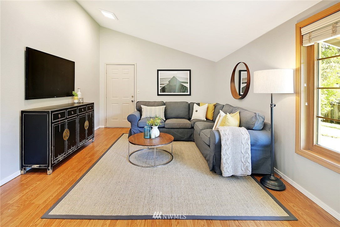 Sold Property | 19505 32nd Avenue NE Lake Forest Park, WA 98155 12
