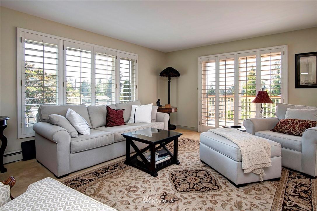 Sold Property | 8560 2nd Avenue NE Seattle, WA 98115 1