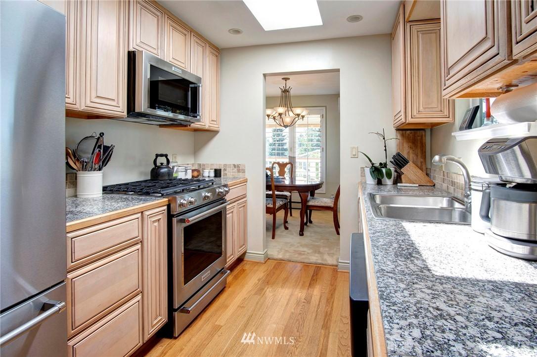 Sold Property | 8560 2nd Avenue NE Seattle, WA 98115 6