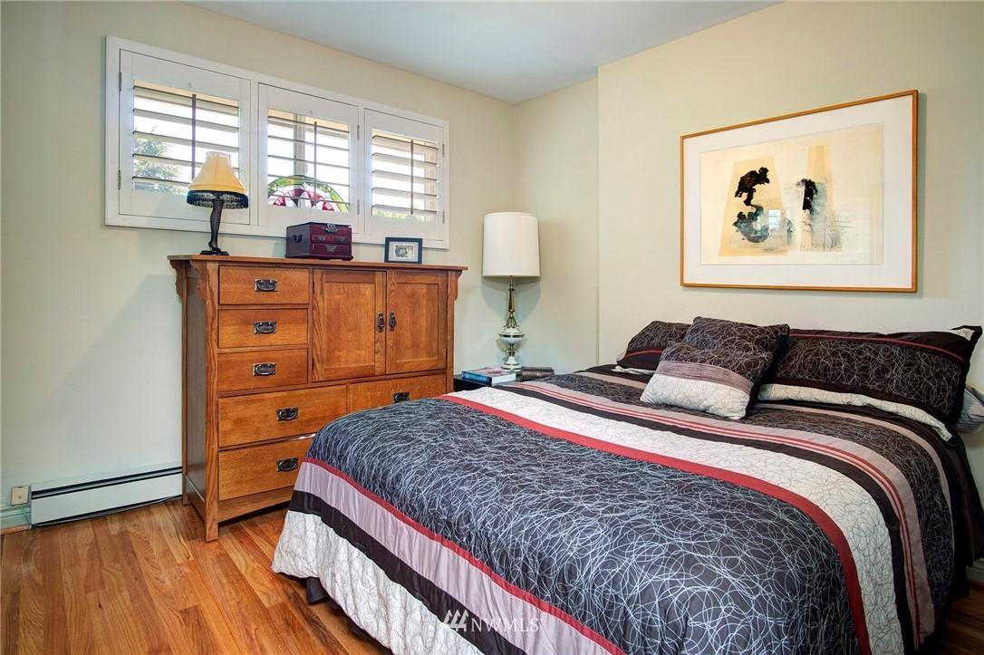 Sold Property | 8560 2nd Avenue NE Seattle, WA 98115 9