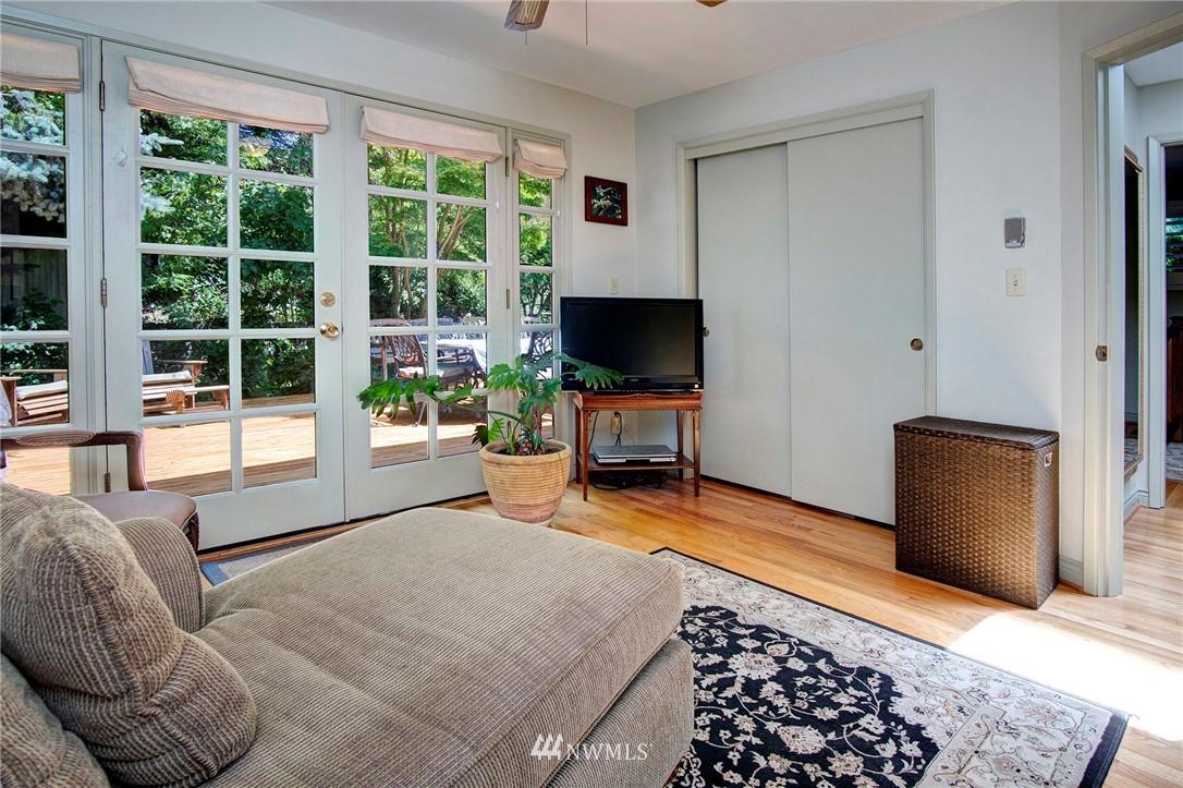 Sold Property | 8560 2nd Avenue NE Seattle, WA 98115 13