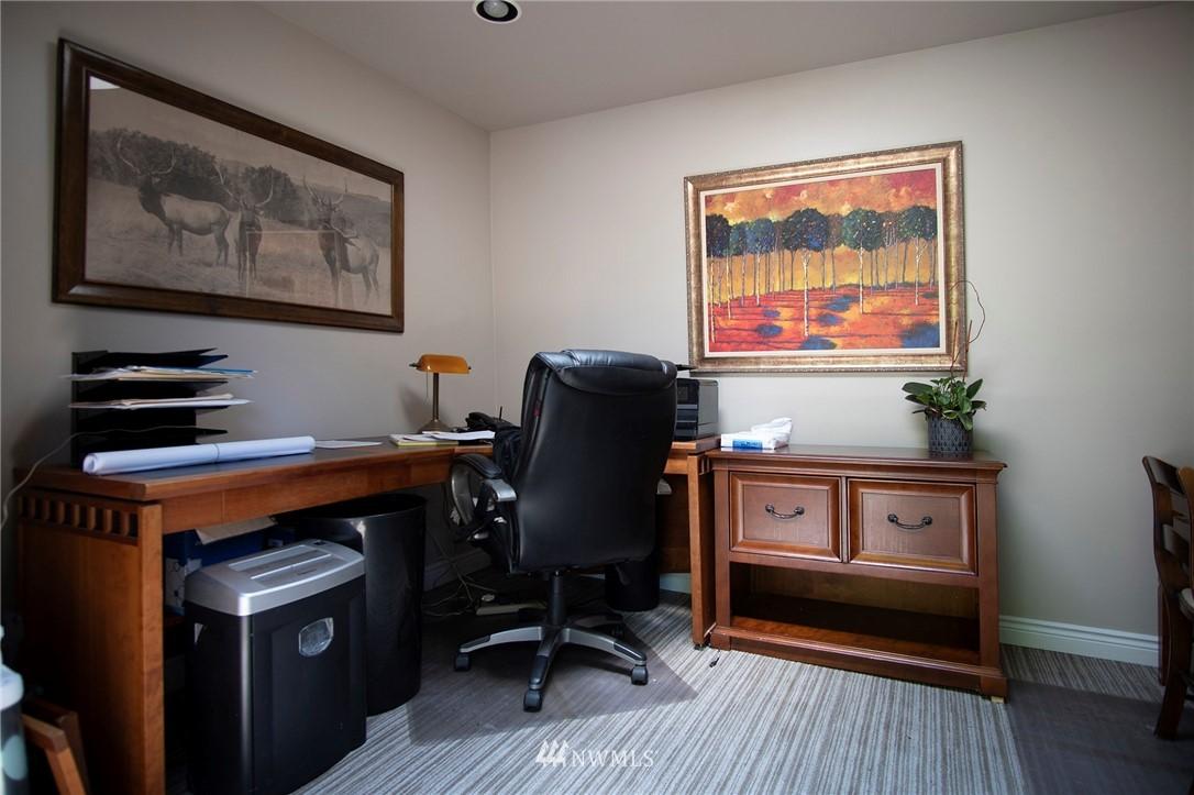 Sold Property | 8560 2nd Avenue NE Seattle, WA 98115 23